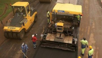 CAMEROON TESTS ROLLER-COMPACTED CONCRETE FOR ROADS