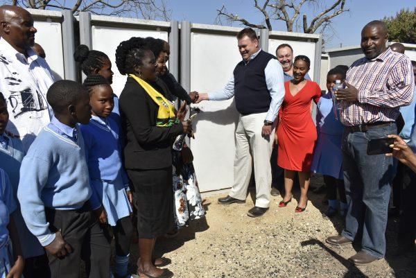 ROCLA DONATES SANITATION UNITS TO MPUMALANGA PRIMARY SCHOOL