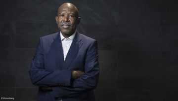 SOUTH AFRICA MAY AVOID MOODYS CUT WITH REFORMS KGANYAGO SAYS