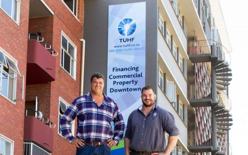 Dimatone_Bloem_apartment buildings_building signage