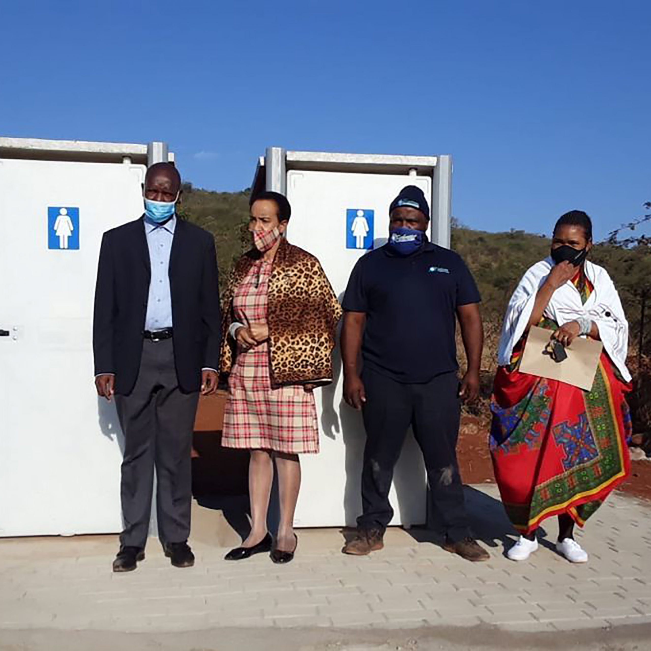 Principal-Makoro-Queen-Mother-of-Ga-Raphahlelo-SGB-Member-and-Envirosa...-1